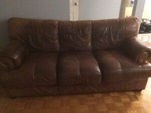 2 leather couches 90$ for both