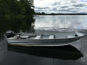 16 ft. Boat with 30 hp Evinrude E-tec