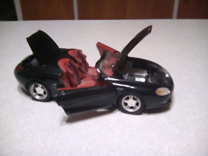 FORD MUSTANG MACH lll. 1:18