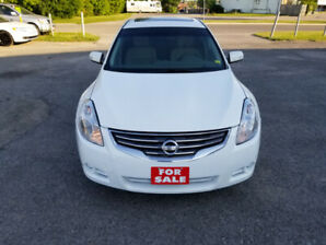 2012 Nissan Altima 3.5 SR - TOP OF THE LINE - CERTIFIED $6999