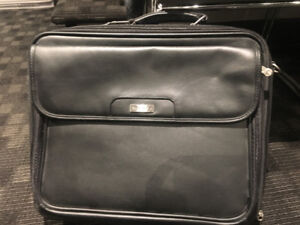 Laptop computer leather carrying case