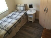 ALL INCLUSIVE *** SINGLE AND A DOUBLE ROOM IN AN AMAZING HOUSE SHARE ON BISCOT ROAD £350 PCM