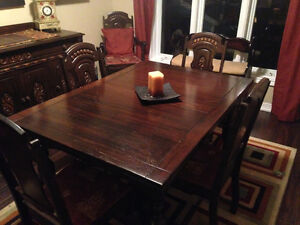 Beautiful Antique Dining set with Sideboard