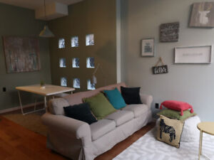 Unique townhouse style home - 2BDR FURNISHED