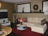 Beautiful partially furnished 1 BR condo on Sask Cres!