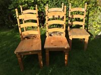 Solid pine Table and 5 chairs