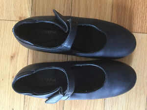 Tap Shoes - Girls Black Mary Jane  - size 2 - 3