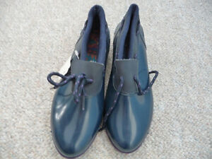 Brand New Duck Shoes - Size 2, 3, or 5 - Three Styles London Ontario image 3