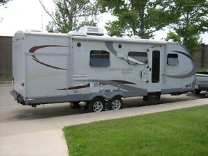 Beautiful Viewfinder Signature Series RB27SS travel trailer