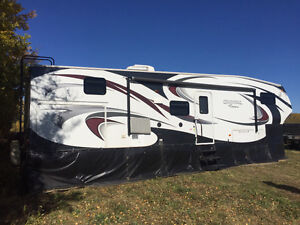 2012 Chaparral 35' 5th wheel w/bunk house! Compare $$$ with new!