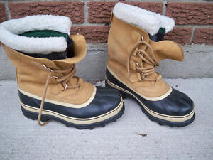 SOREL BOOTS CARIBOU MENS  SIZE 8 LIKE NEW