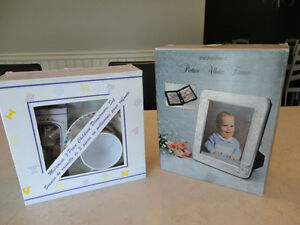 "Baby 5 Pc. Dinnerware Set & 5 x7"" Engraveable Picture Album Book"