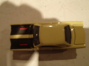 Loose Yelow Gold 1969 '69 PLYMOUTH ROAD RUNNER by JOHNNY LIGHTNI Sarnia Sarnia Area image 5