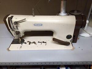 Sewing machine pfaff 563
