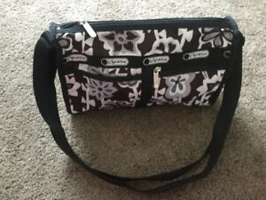 Brand new, Authentic Le sport Sac purse, Hawaii exclusive!