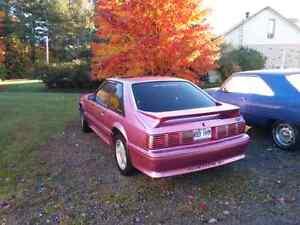 Mustang 1989 gt vendu