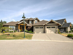 815 Brassey Place, Vernon BC - Magnificent Executive Home!