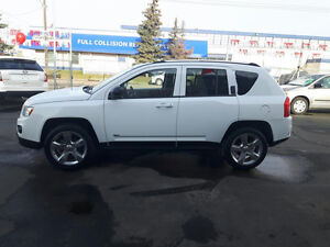JEEP COMPASS 4X4 Limited, Leather, Finance @ $300 MONTH oac
