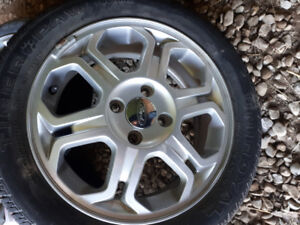 2009 Ford Focus OEM rims and tires