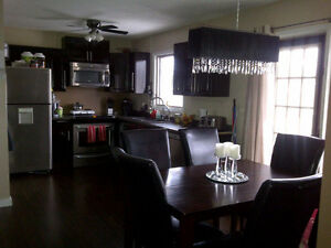 PRICE REDUCED! 3 Suite, Up/Down duplex, Beautiful Renovations!! Regina Regina Area image 4