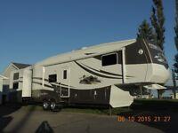 2007 Cedar Creek Custom 362BTS