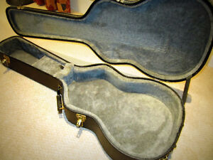 Hard Shell Acoustic Case for FOLK size guitar - $60