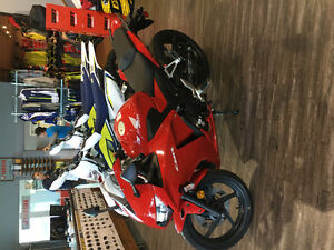 2015 Honda CBR300f low kms