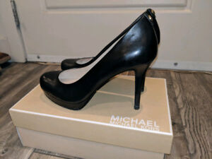 Michael Kors black leather heels (size 38 or 8)
