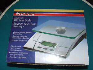 Starfrit Electronic Kitchen Scale - LIKE NEW - $20.00