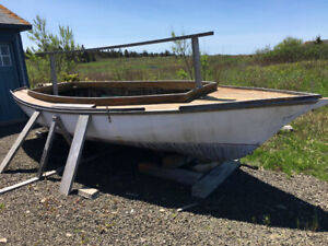 Free sailboat!! Needs work