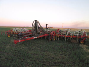 """42Ft Bourgault 5710 Air Drill Double Shoot 7"""" Inch Spacing"""