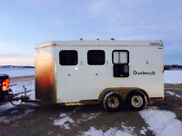 2008 Circle J, Outback, 3 horse Trailer