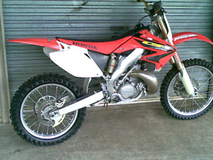 ISO Of any full size 80 to 150cc dirt bike