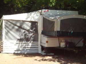 Tente-roulotte Coleman-Laramie 2002 - 3,900$ livrée
