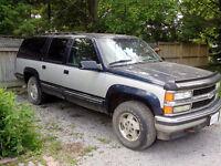 1995 Chevrolet Suburban LT SUV, Crossover