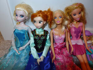 Assorted Barbie dolls and accessories - Frozen! and unicorn