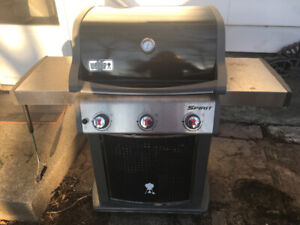Weber 3 Burner BBQ with cover