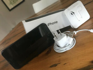 *UNLOCKED* Mint Condition iPhone 7 - 128GB