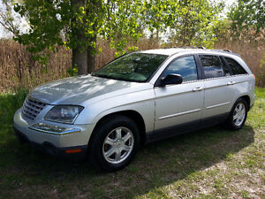2005 Chrysler Pacifica Touring 6 Passengers