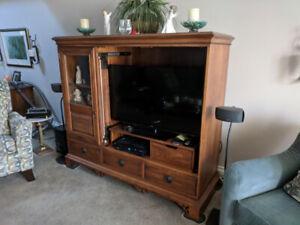 Art Shoppe TV Stand