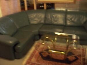 IMPORTED ITALIAN LEATHER 3-PIECE COUCH Windsor Region Ontario image 2