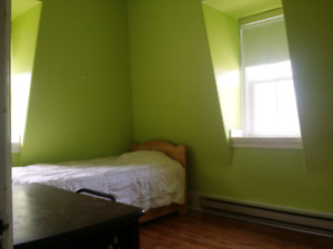 Lunenburg Waterfront Room for Rent