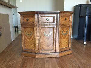 Meuble vestibule acheter et vendre dans grand montr al for Acheter meubles montreal