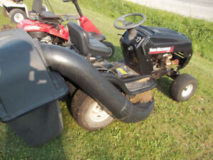 14 hp Riding mower with bagger
