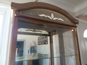 Large glass decorative curio/display cabinet