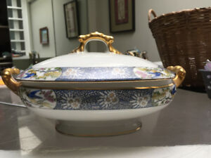 Beautiful (1890s-1910) Limoges Jean Pouyat Porcelain Soup Tureen