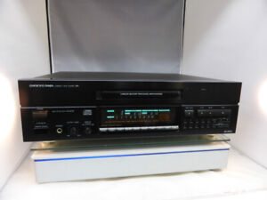 ONKYO DX -3800 HIGH-END (Audiophile) Compact Disc Player