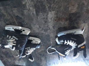 2 pairs of youth skates size 9