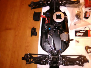 Losi rc 8T 95% complete need servos and tires