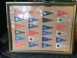 VINTAGE 1992 NHL MINI PENNANT SET FRAMED 24 TEAMS